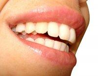 zdrowe zęby i dziąsła